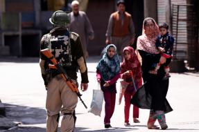 Routine Pre-poll Exercise, Say Govt Sources After 10,000 Troops Are Airlifted to Kashmir