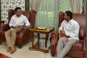 With KCR's Federal Front in Works, Son KTR's Meeting With Jagan Reddy Hints at Plan B
