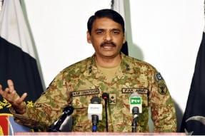 We Have Battle-hardened Army, Don't Mess With Us: Pak General Warns India Against Pulwama Retaliation