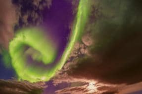 A Hauntingly Beautiful Solar Flare Can One Day Cause Global Electronic Outage