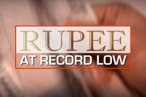 Why Indian Rupee is Falling Against the US Dollar - Explained!