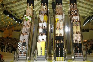 15 Unconventional Runways in the Fashion World; See Pictures