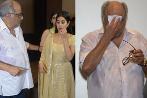Janhvi Kapoor, Boney Kapoor Break Down In Tears After Sridevi's Film Screening