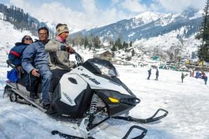 PICS: Tourists Enjoy Season's First Snowfall in Manali, Kufri