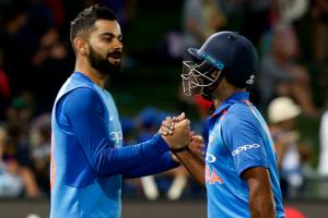 Interesting Pictures from India Vs New Zealand First ODI Match