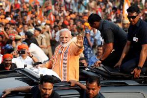 Narendra Modi's Mega Roadshow in Varanasi| LIVE Updates