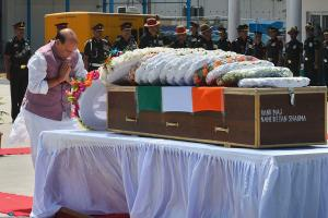 Rajnath, Army Chief Pay Tribute to Major Ketan Sharma Martyred in Anantnag Encounter