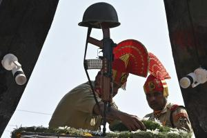 20 Years of Kargil War: BSF Pays Homage to Martyred Soldiers