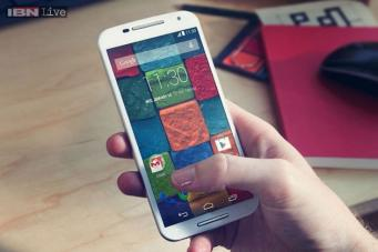 2a1a08a0ab3 The 32GB Moto X is priced at Rs 32,999 for the base variant and Rs 34,999  for the wood finish and the leather back panel versions.
