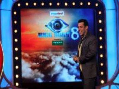 Bigg Boss 8', Day 8: Shahid Kapoor, Shraddha Kapoor take a