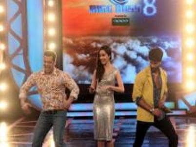 Bigg Boss 8', Day 8: Shahid Kapoor, Shraddha Kapoor take a tour of
