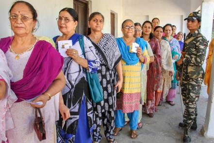 EC Orders Re-polling in 13 Booths Across Tamil Nadu Which Voted in Phase 2