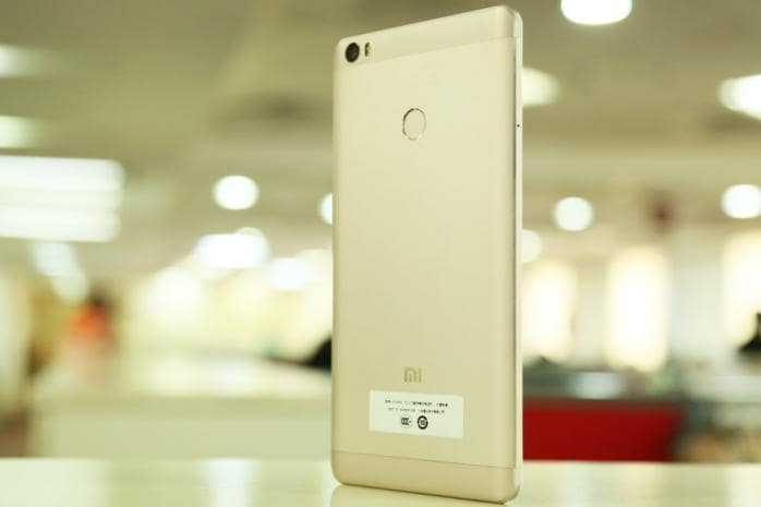Top 5 Android Smartphones With 5,000 mAh Battery in All Price