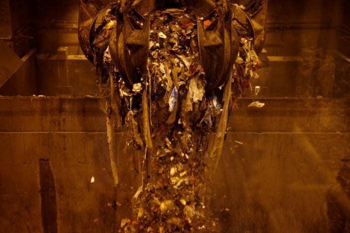 In Singapore, Where Trash Becomes Ash, Plastics are Still a