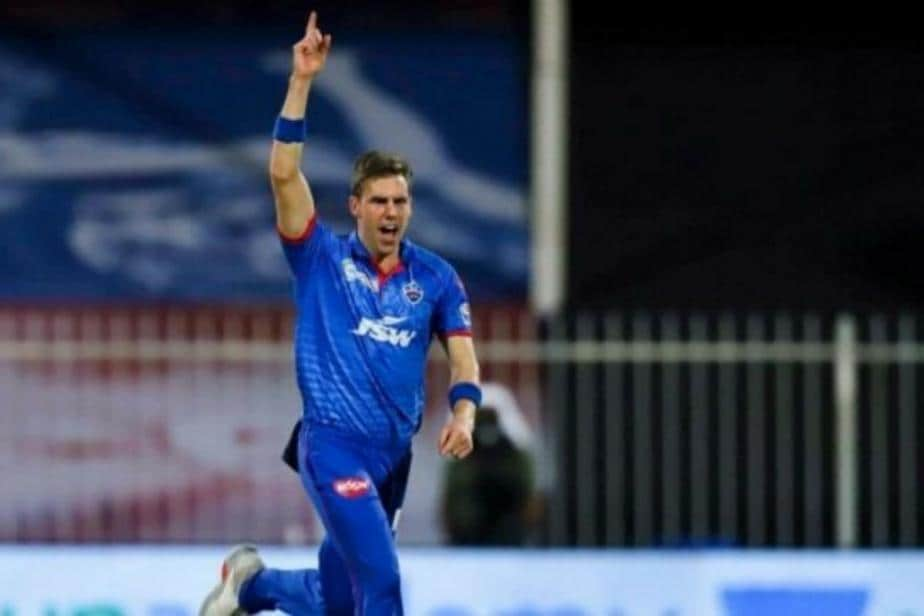 IPL 2021: Anrich Nortje Joins Delhi Capitals Squad After Testing Negative for Covid-19
