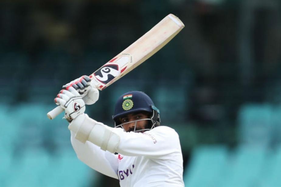 India vs Australia: Jasprit Bumrah Reaches Maiden First-class 50 With a Six, Virat Kohli Goes Berserk