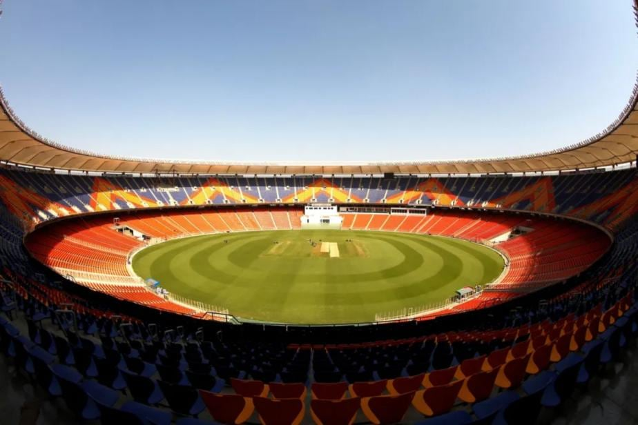 India vs England: LED Lights Go Off, Play Suspended Briefly During 3rd Test