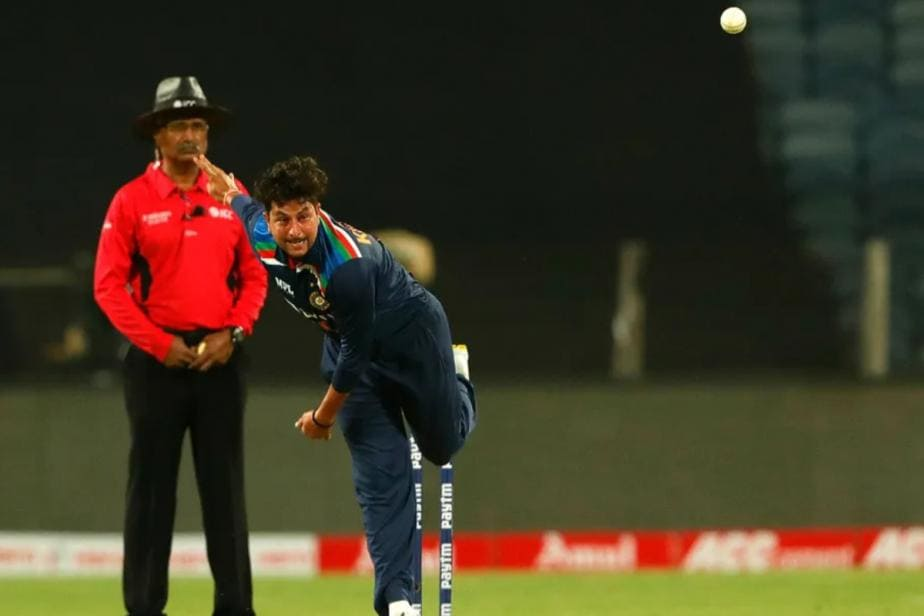 India vs England, 1st ODI: Umpires Replace Damaged Match Ball after Just 16 Deliveries