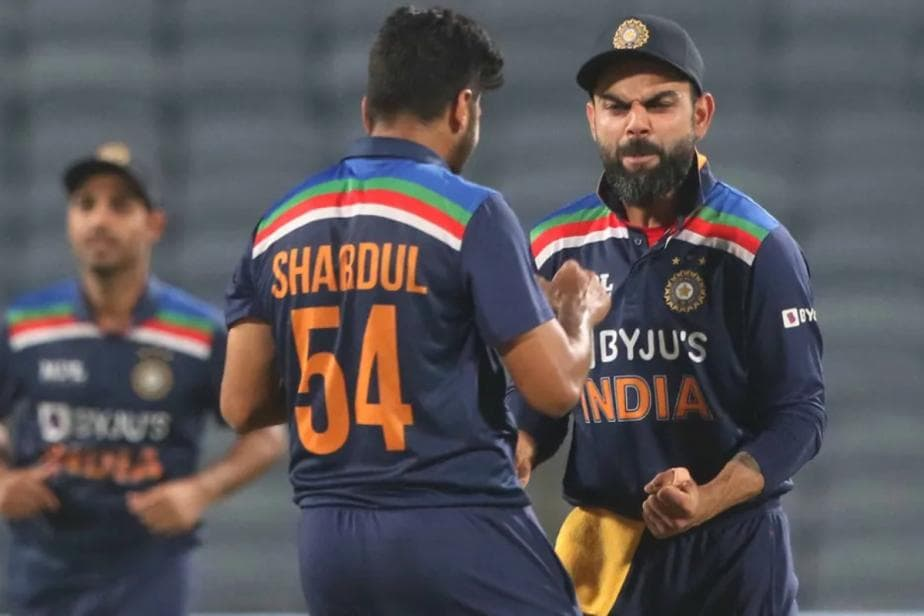 Wicket Takooor: R Ashwin Gives a Nickname to Shardul Thakur For his Performance in 1st ODI