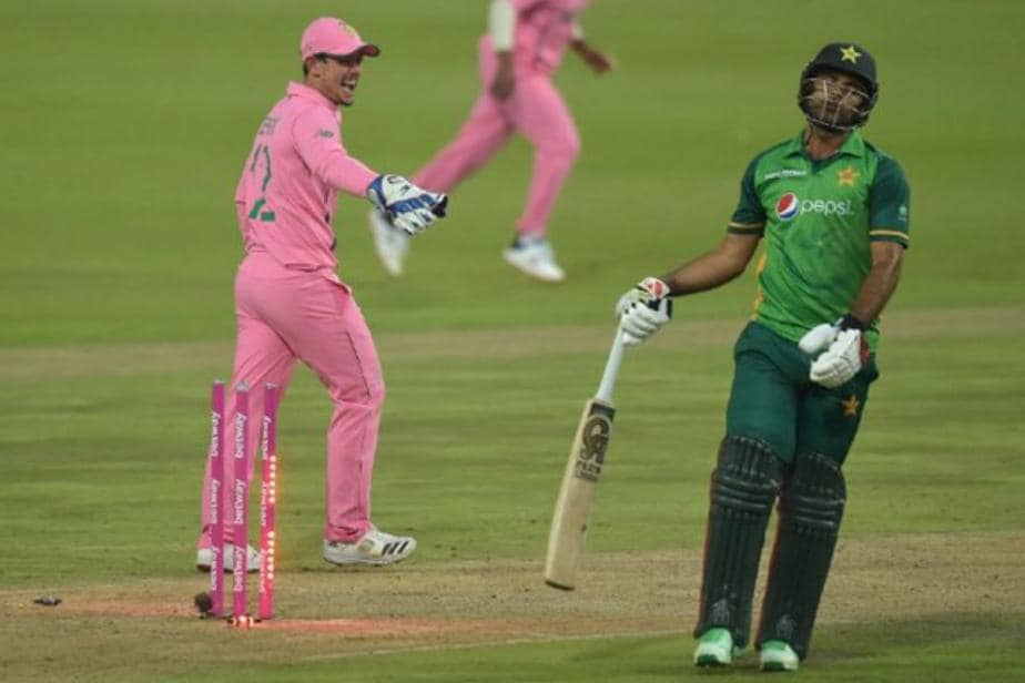 WATCH: Did Quinton de Kock 'Distract' Fakhar Zaman? Run Out Puts Spotlight on Fake Fielding