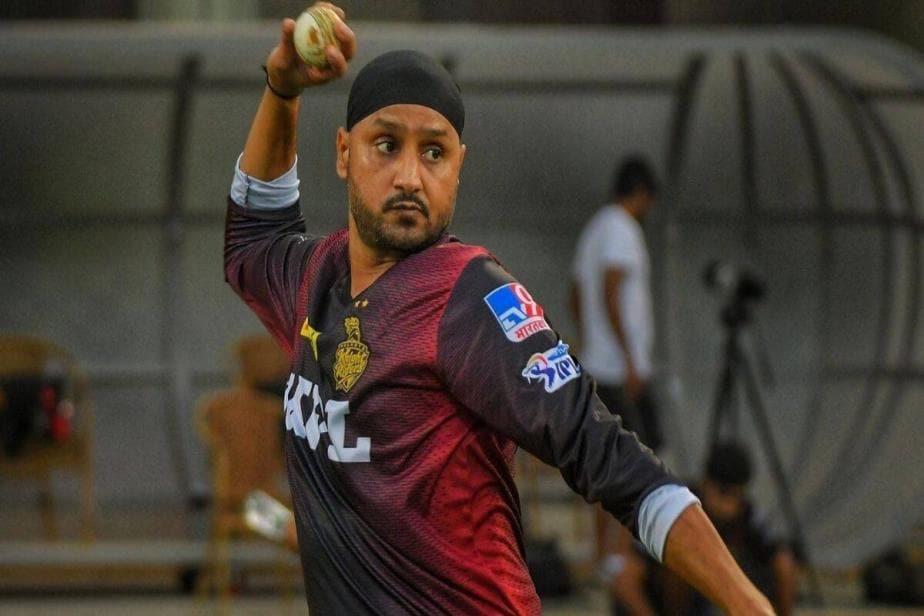 IPL 2021: SRH vs KKR - Kedar Jadhav & Harbhajan Singh Likely to be in Playing XI for New Franchises