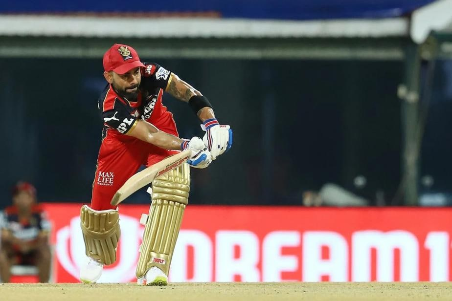 IPL 2021: Virat Kohli Reprimanded for Breaching IPL's Code of Conduct During SRH vs RCB Match
