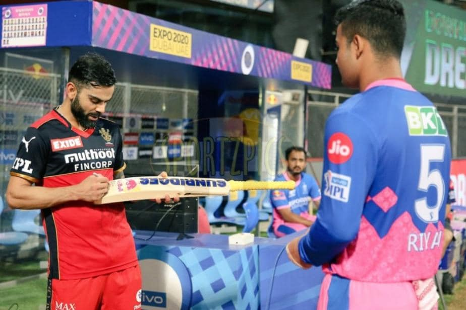 IPL 2021: RCB Captain Virat Kohli Gifts Signed Bat to Youngster Riyan Parag