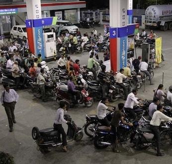 पेट्रोलपंप सुरूच राहणार, पंपचालकांचा संप स्थगित