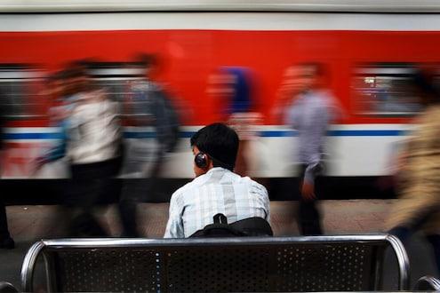 कसा झाला तुमचा रेल्वे प्रवास ?, सांगा आम्हाला आणि पाठवा सेल्फी !