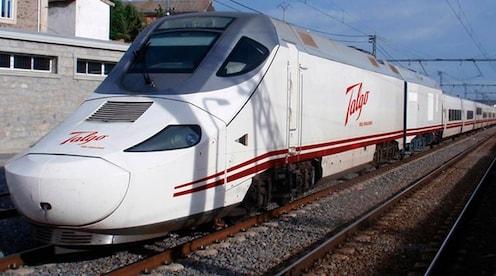बहुचर्चित स्पेनमधून आलेली टॅल्गो ट्रेन परतीच्या वाटेवर