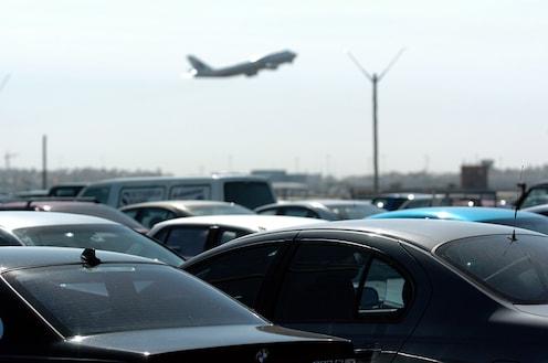 विमानतळांवर 21 नोव्हेंबरपर्यंत पार्किंग फ्री