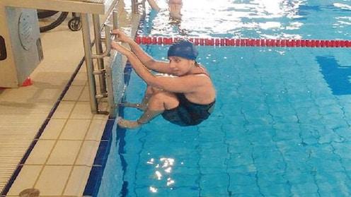 जलतरणपटू कांचनमाला पांडेंना क्रीडा मंत्रालयाच्या गलथान कारभाराचा फटका