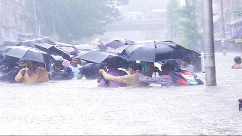मुंबईत आज शाळा कॉलेजेस बंद
