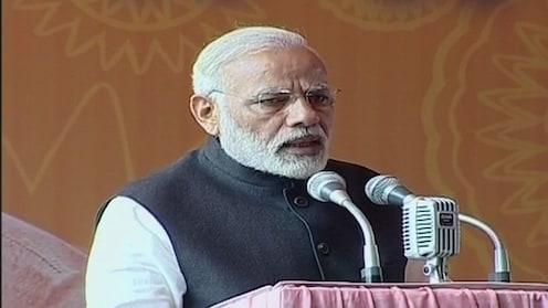 पंतप्रधानांनी साधला पत्रकारांशी अनौपचारिक संवाद