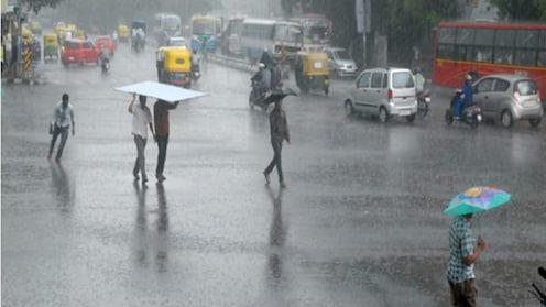 मुंबईत विजांच्या कडकडाटासह जोरदार  पाऊस