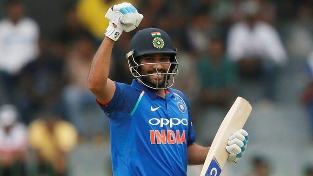 रोहित शर्माने वर्ष २०१४ मध्ये २६४ धावा काढत सर्वाधिक धावांची खेळी केली होती, यामध्ये त्याने ९ षटकार आणि ३३ चौकार ठोकले होते.