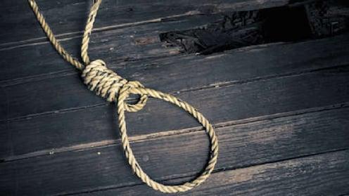 विठ्ठलाच्या पंढरीत रोडरोमियोंच्या जाचाला कंटाळून मुलीनं केली आत्महत्या