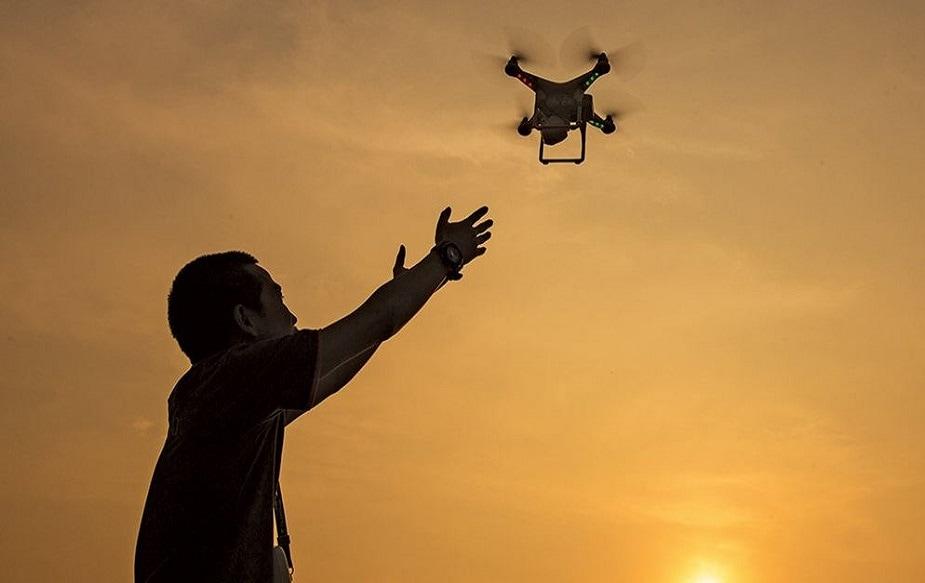 200 फुटांवर मायक्रो ड्रोन उडवण्यासाठी स्थानिक पोलिसांची परवानगी आवश्यक