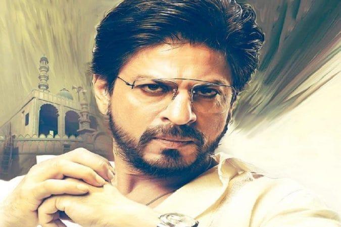 शाहरुख खान – बॉलिवूडचा किंग खान शाहरुखने त्याच्या २५ वर्षांच्या कारकिर्दीत अनेक पात्रं साकारली आहेत. पण त्याचे असे कमीच चित्रपट आहेत ज्यामध्ये त्याने दाढी ठेवली आहे. शाहरुखच्या चाहत्यांनी त्याच्या या दुर्मीळ बियर्ड लूकलाही भरपूर पसंती दिली आहे.