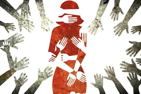 नराधमांनी लॉकडाऊनचा घेतला फायदा, घरी येणाऱ्या विद्यार्थिनीवर 10 जणांनी केला बलात्कार