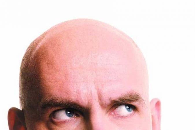 यापुढे जर तुम्हाला कोणी पूर्ण टक्कल केल्यावर दाट केस येतात का? तसेच केसांना तेल लावलं नाही तर केस पांढरे होतात का? असे प्रश्न तुम्हाला विचारले तर त्याचं उत्तर नाही असं आहे.