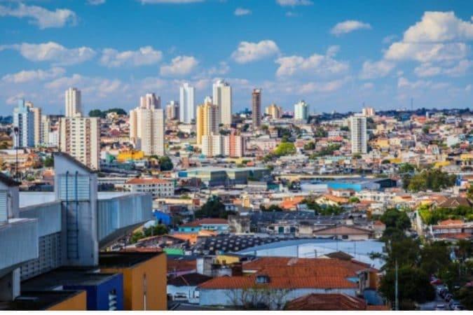 साओ पॉलो, ब्राझील- ब्राझील देशातलं सर्वात प्रसिद्ध आणि सर्वात सुंदर आयलँड हे साओ पॉलो आहे.