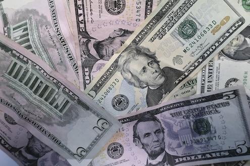 डॉलरच्या तुलनेत रूपया विक्रमी मजबूत, पेट्रोल आणखी स्वस्त होणार?