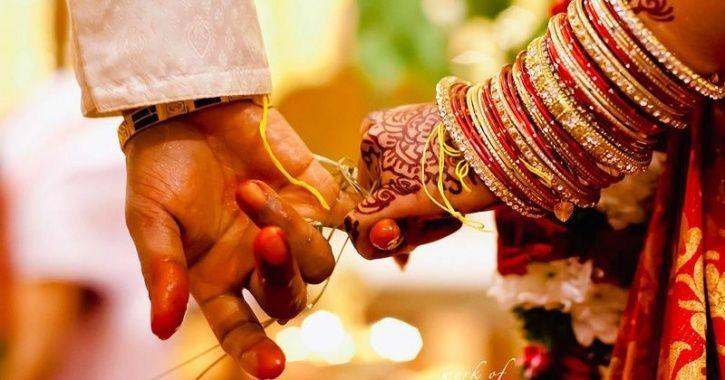 काहीजण आपल्या लग्नाची स्वप्नदेखील पाहत असतात. पण तुम्हाला वाचून आश्चर्य वाटेल की, आता हे प्रमाण कमी होत चाललं आहे. लग्न करूच नये असं अनेकांना वाटतं. त्यामागे त्यांची अशी स्वतःची अशी कारणं आहेत.
