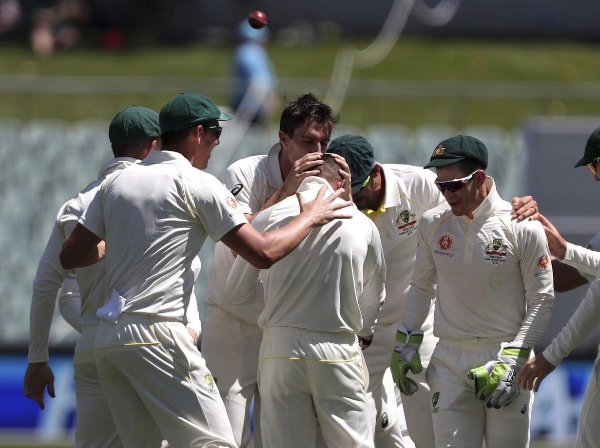 आठ वर्षात हे पहिल्यांदा घडतय जेव्हा ऑस्ट्रेलियाचा संघ मायदेशात स्मिथ किंवा वॉर्नरशिवाय कसोटी मालिका खेळायला मैदानात उतरला आहे.