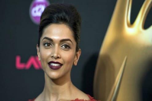 'या' अभिनेत्रीनं टाकलं बिग बी आणि खानांनाही मागे; भारतातल्या श्रीमंत सेलेब्रिटींच्या यादीत पहिल्यांदाच आलं महिलेचं नाव