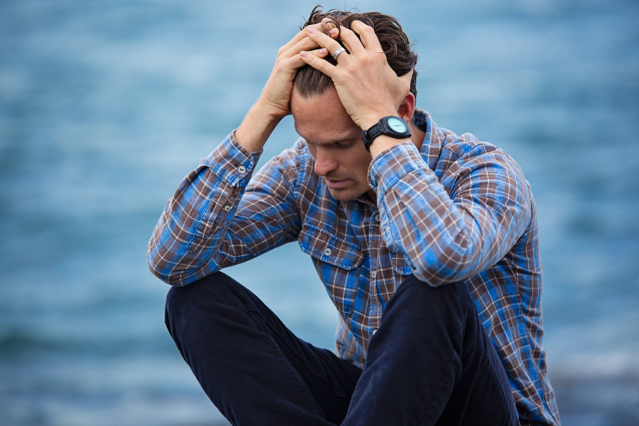 संशोधनानुसार, जे एकटेपणाचे शिकार होतात त्यांना क्रॉनिक डिजीजचा धोका सर्वाधिक असतो.