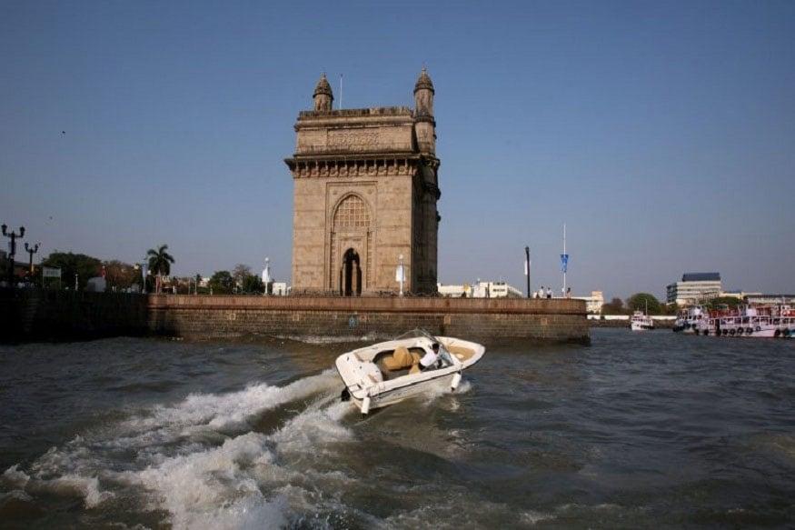 जगातील मुंबई हे दुसरं असं शहर असेल जिथं उबरची बोटिंग सर्व्हिस सुरू होणार आहे.
