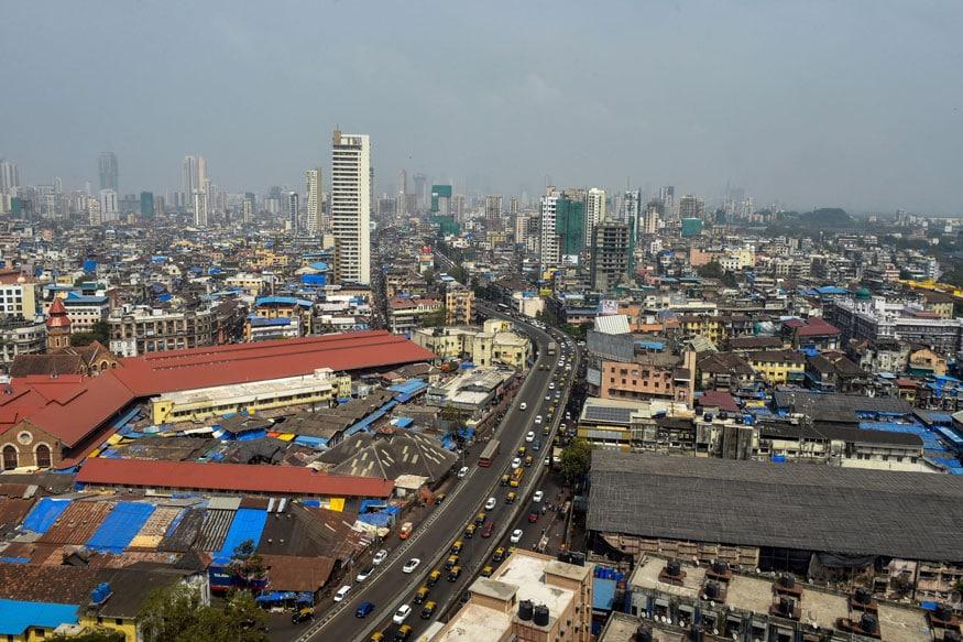 परदेशी जाऊन स्थायिक व्हायचं असेल तर कुठलं शहर सगळ्यांत महाग? एका अभ्यासामध्ये वेगवेगळ्या शहरांत जवळपास 200 जीवनावश्यक खर्चांविषयी निरीक्षण केलं गेलं. राहणं, खाणं, घरगुती वस्तू, मनोरंजन, वाहतूक, कपडे या घटकांचा विचार केला गेला आणि सर्वांत महाग कोणतं शहर ठरलं पाहा...