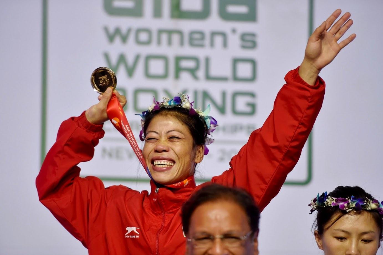 जागतिक स्पर्धेत रौप्य पदक पटकावलेली सोनिया लाठेर ५७ किलो वजनी गटात दुसऱ्या स्थानावर आहे. तसेच जागतिक बॉक्सिंग स्पर्धेत कांस्य पदक विजेती सिमरनजीत कौर ६४ किलो वजनी गटात चौथ्या स्थानावर आहे.